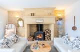 6.manor living room 4