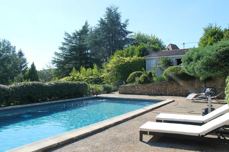 Gite-Emeraude-piscine-a-partager-Sarlat