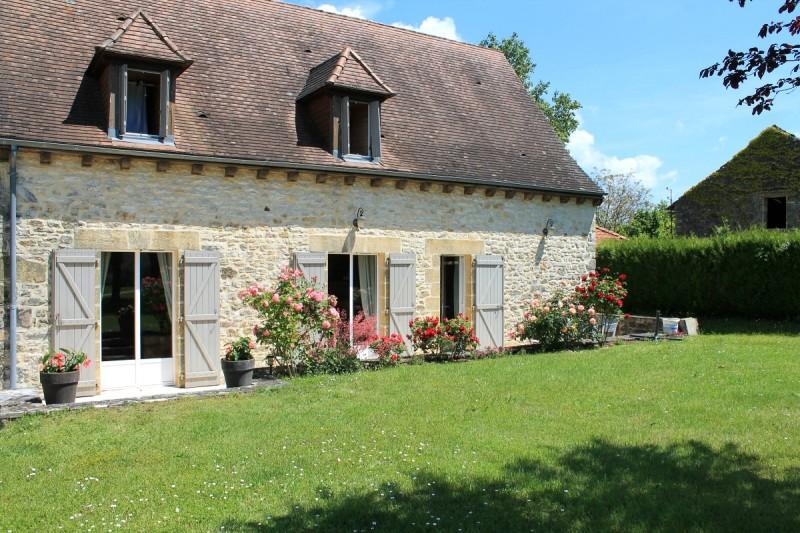 Le_clos_d'elise_maison_de_campagne_avec_jardin_Castelnaud