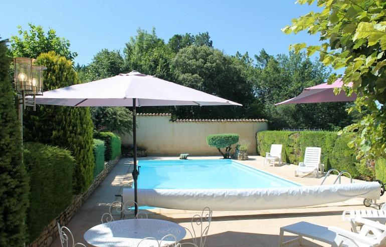 Villa_des_tilleuls_locations_piscine_privée_chauffée_Sarlat6